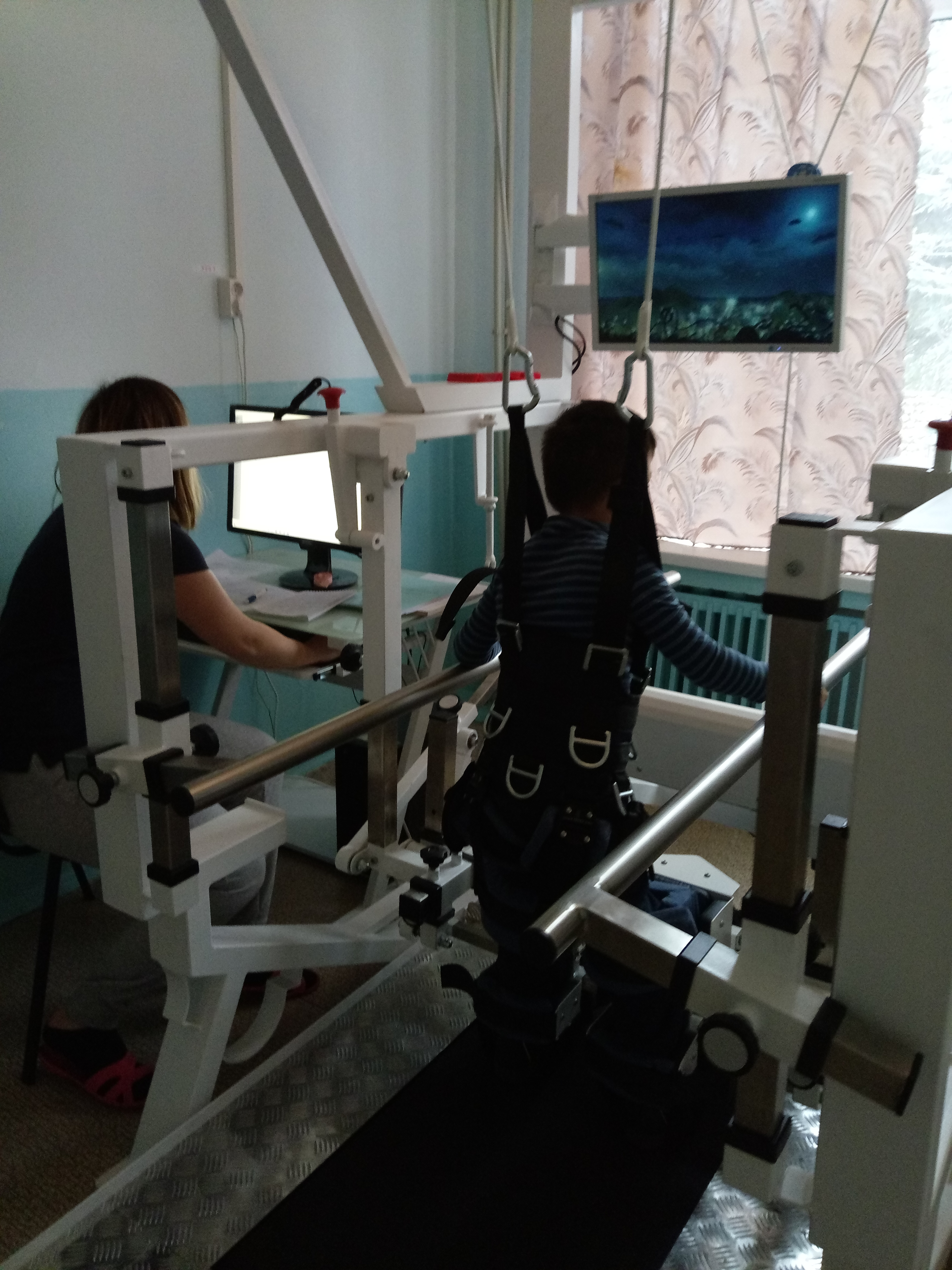 Роботизированная механотерапия на системе локомоторной терапии
